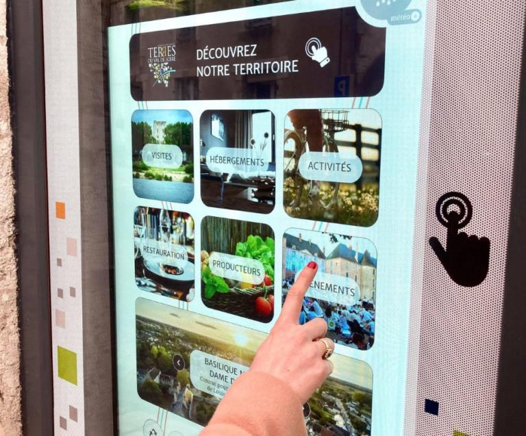 Read more about the article Nouveau ! Des bornes interactives pour consulter les informations touristiques