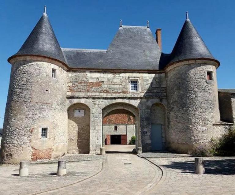 Huisseau-sur-Mauves et Tavers labellisés «Village de caractère»